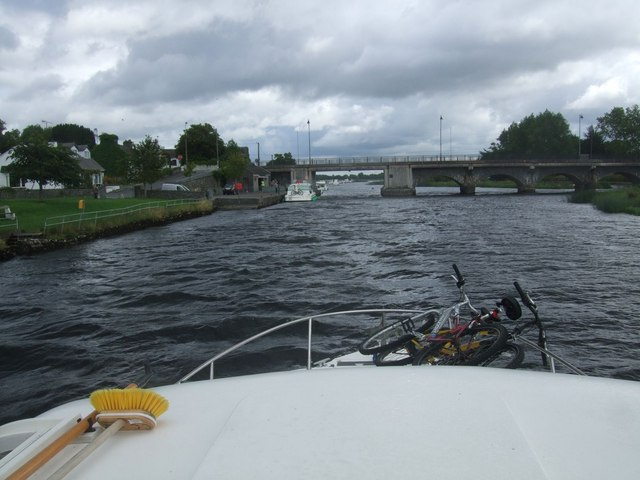 Bridge over the River Shannon at Lanesborough
