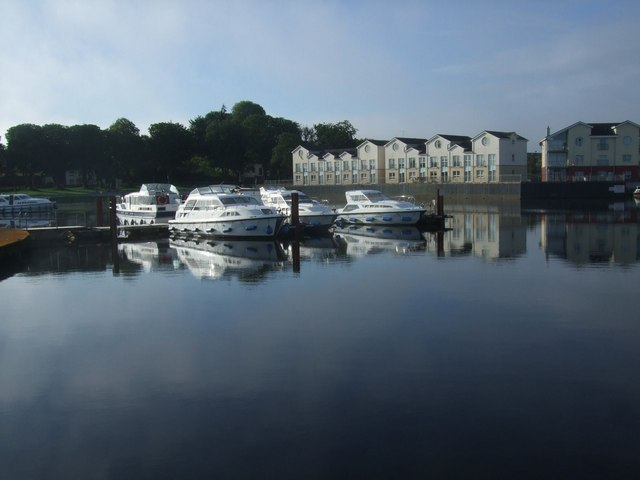 Hire craft moorings at Carrick on Shannon