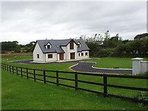 S6309 : House near Williamstown by David Hawgood