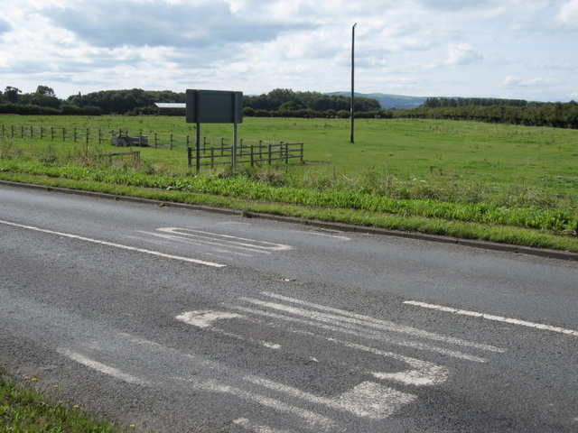 Farmland by the B5445