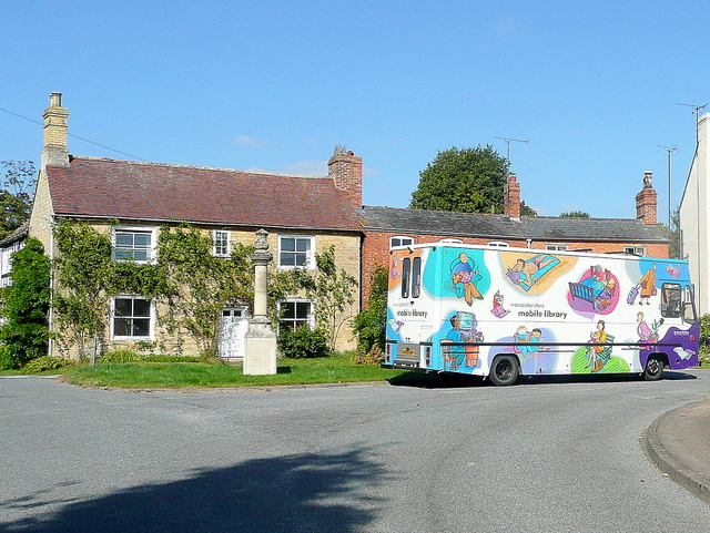 Mobile library comes to Beckford