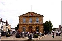 SP4416 : Woodstock Town Hall by Steve Daniels