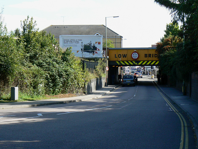 Whitehouse Bridge, northern end, Swindon