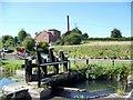 SU2662 : Sluice, Kennet and Avon Canal by Maigheach-gheal
