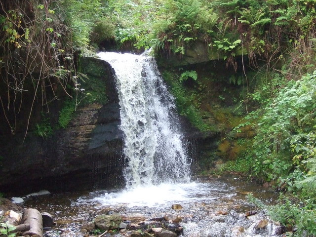 Waterfall in Maspie Den