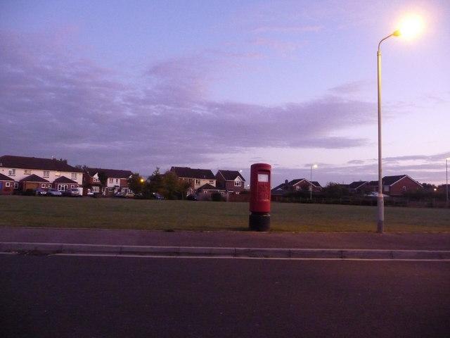 Canford Heath: postbox № BH17 238, Ryall Road