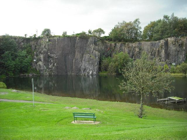 Auchinstarry quarry