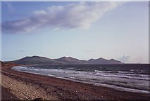 SH4356 : Dinas Dinlle beach looking towards the Lleyn Peninsula by nick macneill