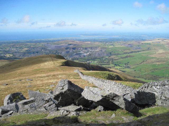 The northwest ridge of Mynydd Tal-y-mignedd
