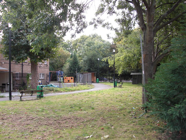 Site of Christ Church, Jamaica Road, Rotherhithe, London, SE16