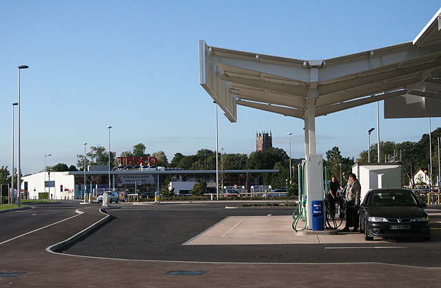 Cullompton: Tesco filling station