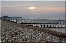 SZ9398 : Quiet morning, Bognor Regis shore by Andrew Hill
