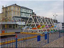 SZ9398 : The Esplanade, Bognor Regis by Andrew Hill