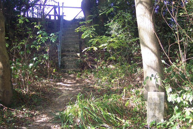 Stairs and stile in Riseden