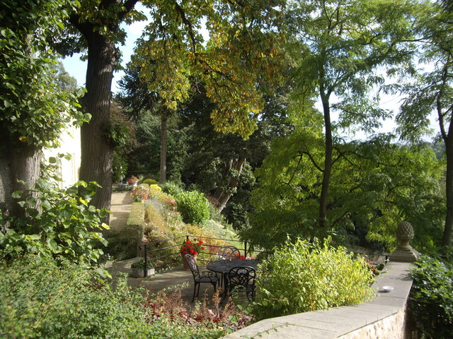 Winston Vicarage, patio & garden
