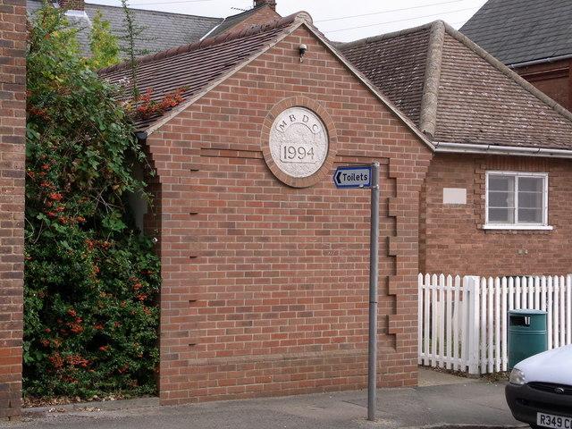 Public Toilets, Potton