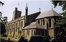 TQ0464 : St Paul, Addlestone by Michael FORD
