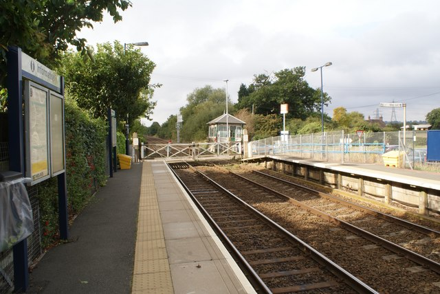 Fiskerton station with signal box and hand operated gates