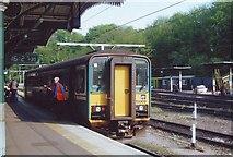 TM1543 : The Felixstowe train waits at Ipswich station by nick macneill