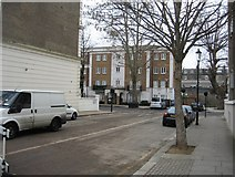 TQ2479 : Holland Gardens / Russell Road by Sandy B