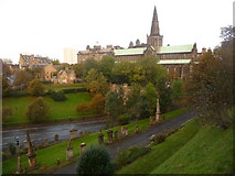 NS6065 : Glasgow: the cathedral from the Necropolis by Chris Downer