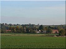 SK6946 : Hoveringham village by Alan Murray-Rust