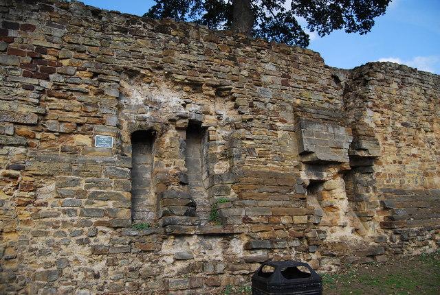 Tonbridge Castle - garderobe chutes