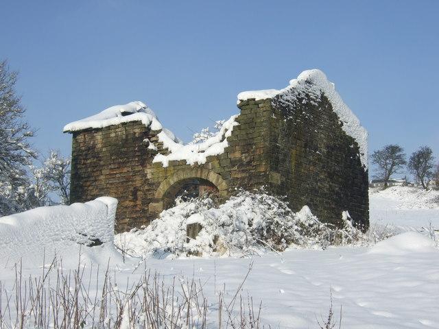 Derelict barn at Clough House, Slaithwaite