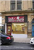 SE1633 : Stitch Express - Kirkgate by Betty Longbottom