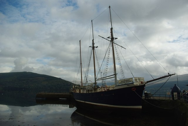 Boat at Inveraray