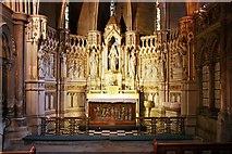 TQ2479 : St John the Baptist, Holland Road, London W14 - South chapel by John Salmon
