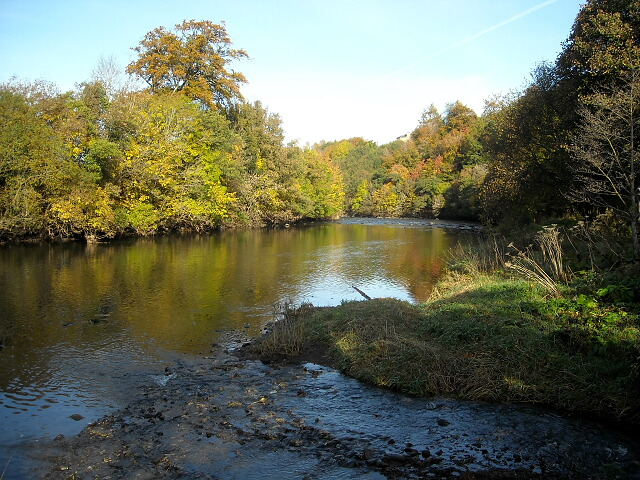 River Clyde With Autumn Colours