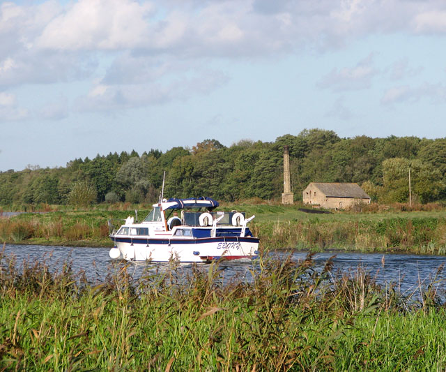 Boat travelling up the River Yare