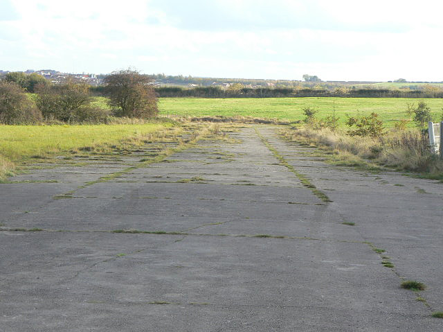 Taxiway to dispersal point by Alan Murray-Rust