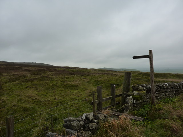 Start of a footpath across Longstone Moor