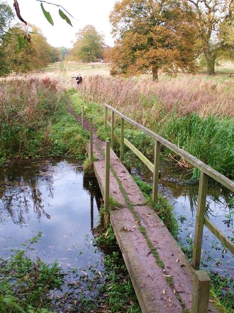 Footbridge on the Wolds Way
