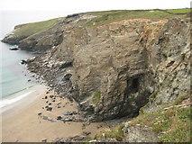 SX0587 : Hole Beach by Philip Halling