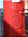 NZ2665 : Edward VII postbox, Osborne Avenue - royal cipher by Mike Quinn