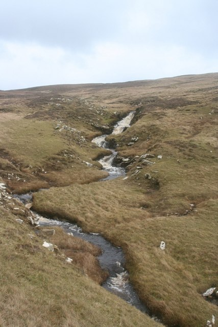 The Mill burn which comes from the Sand Vatn loch