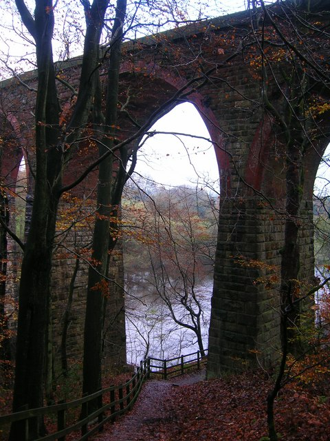 Railway viaduct over a spur of Wayoh Reservoir