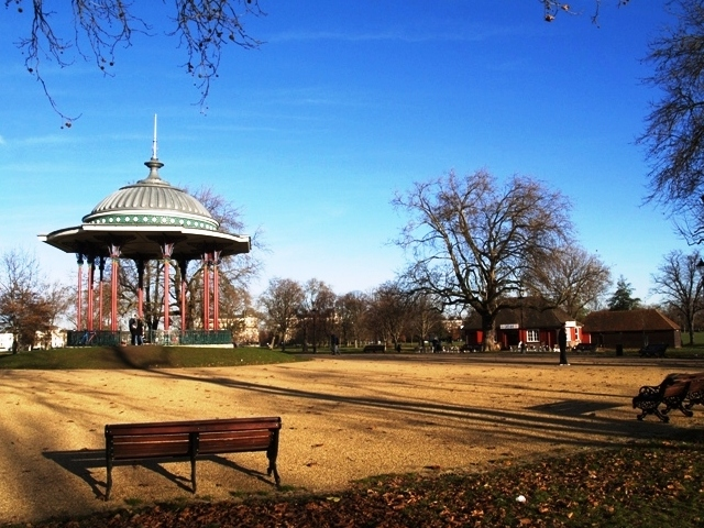 Bandstand and cafe on Clapham Common