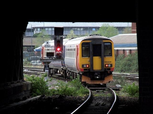 Nottingham Midland Station, Nottingham by Dave Hitchborne