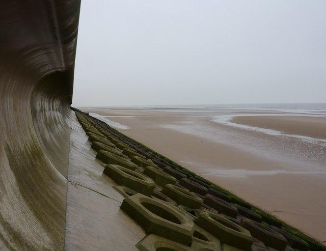 Sea defence wall, Blackpool