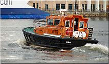 J3474 : Pilot boat, Belfast by Albert Bridge