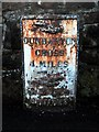 NS3477 : Old milestone in Cardross by Lairich Rig