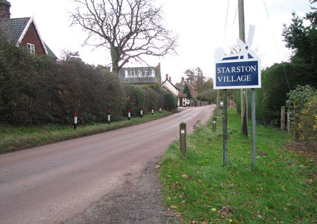 Starston village sign on The Street