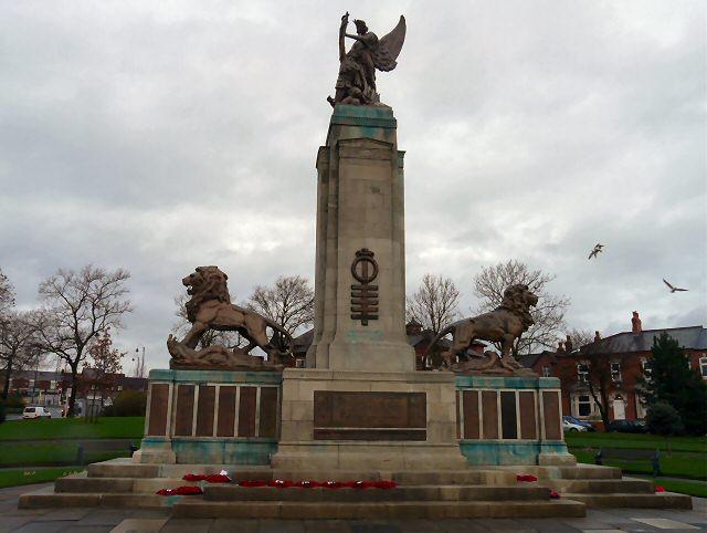 Ashton under Lyne War Memorial