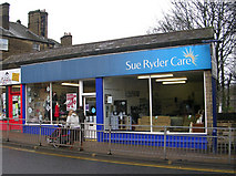 SE1039 : Sue Ryder Care - Park Road by Betty Longbottom