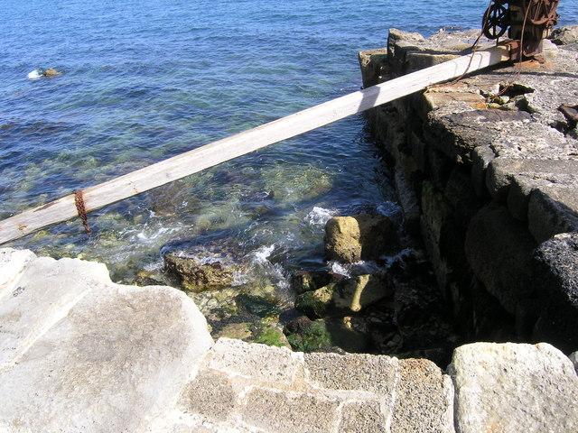 The rocks below Durdle Pier