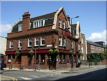 TQ3386 : The Lion, Stoke Newington by ceridwen